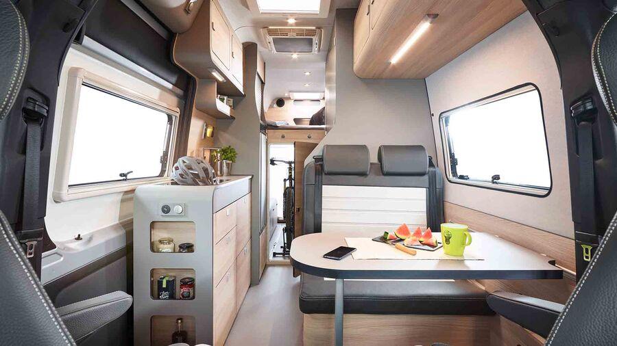 Interior Alphavan